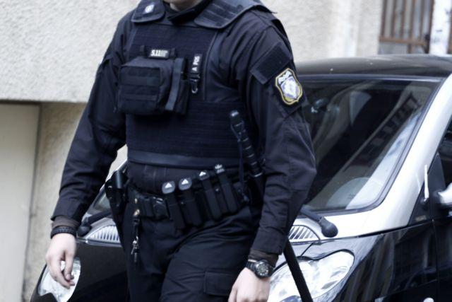 Αλβανία: Ελληνας αποτάκτος αστυνομικός κατηγορείται για δολοφονία | tovima.gr