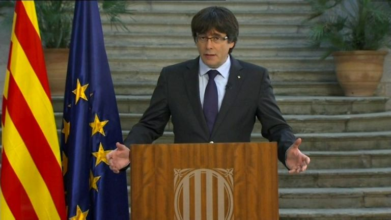 Καταλωνία: Ο Πουτζδεμόντ καλεί σε «δημοκρατική αντίσταση» – Μαδρίτη: Ο Πουτζντεμόν στη φυλακή | tovima.gr