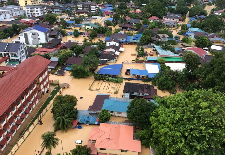 Μαλαισία: Εικόνες καταστροφής από τις καταιγίδες – 5 νεκροί   tovima.gr