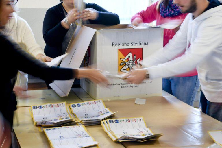 Διπλές εκλογές στην Ιταλία –  Βουλευτικές και περιφερειακές τον Μάρτιο   tovima.gr