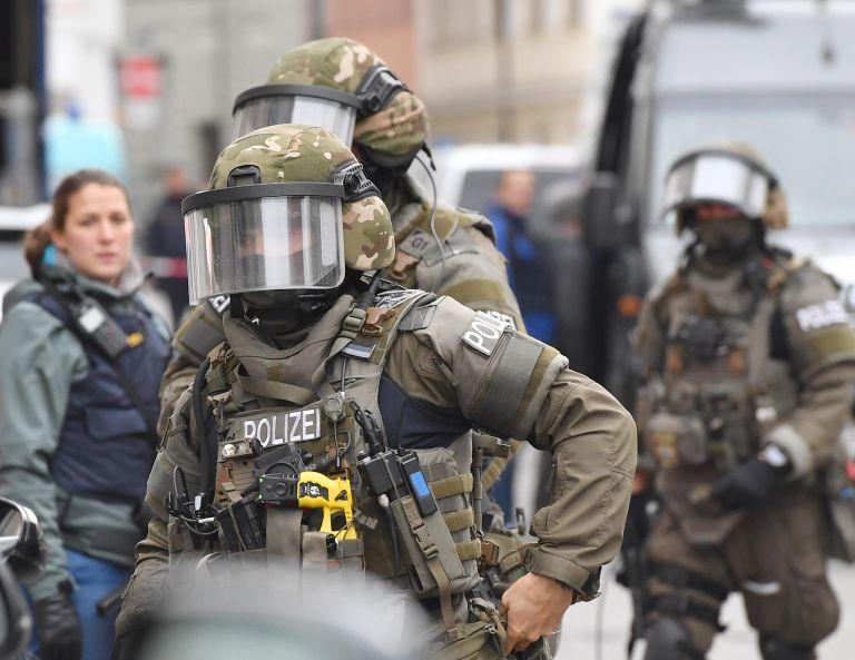 Γερμανία: Έξι συλλήψεις Σύρων – Φέρονται ως μέλη της ISIS | tovima.gr