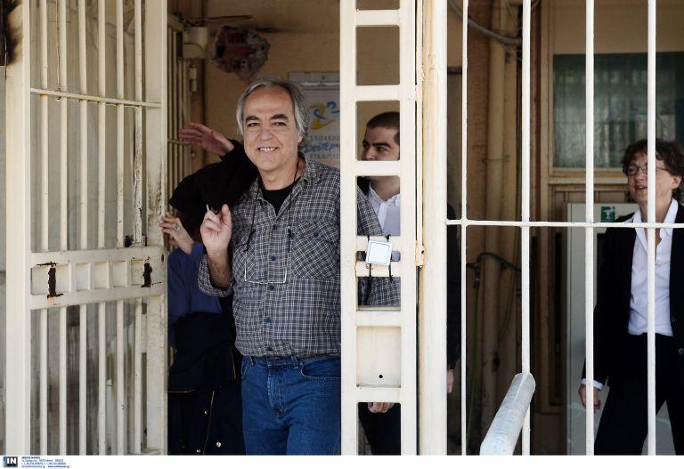 Εκτός Κορυδαλλού για 48 ώρες και με περιοριστικούς όρους ο Κουφοντίνας – Το Συμβούλιο Φυλακών ενέκρινε 48ωρη άδεια | tovima.gr