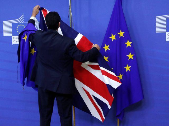 Η Βρετανία όρισε την ημέρα και ώρα αποχώρησης από την ΕΕ | tovima.gr