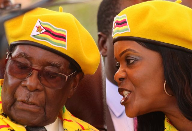 Τα μοιραία λάθη του Μουγκάμπε που οδήγησαν στο πραξικόπημα | tovima.gr