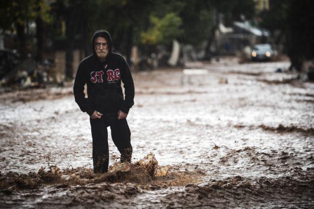 Guardian: Παράνομη δόμηση σε ρέματα πνίγει την Αττική | tovima.gr