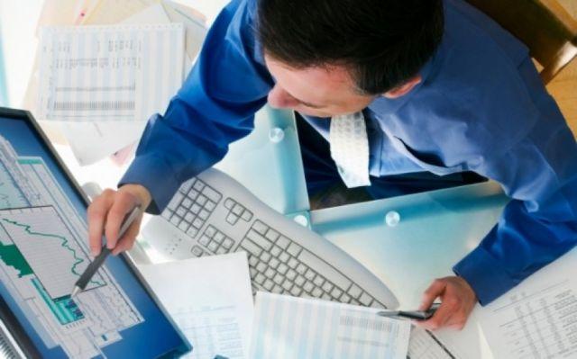Ernst & Young: «Μπλοκάρει» τις επενδύσεις η υπερφολόγηση | tovima.gr