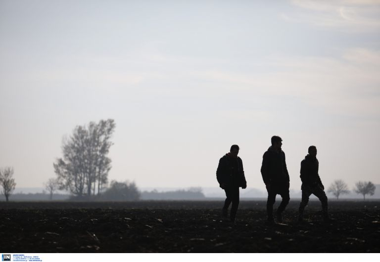 Χίος: Κατηγορίες κακουργήματος για τους πρόσφυγες που έκλεψαν λαχανικά | tovima.gr
