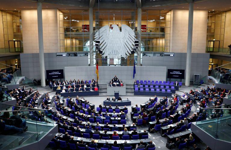 Γερμανία: Απαγορεύει τη χρήση Twitter στο Κοινοβούλιο ο Σόιμπλε | tovima.gr