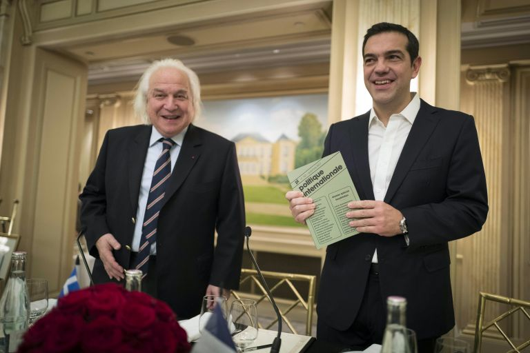 Tsipras honoured in Paris, will hold talks with Macron | tovima.gr