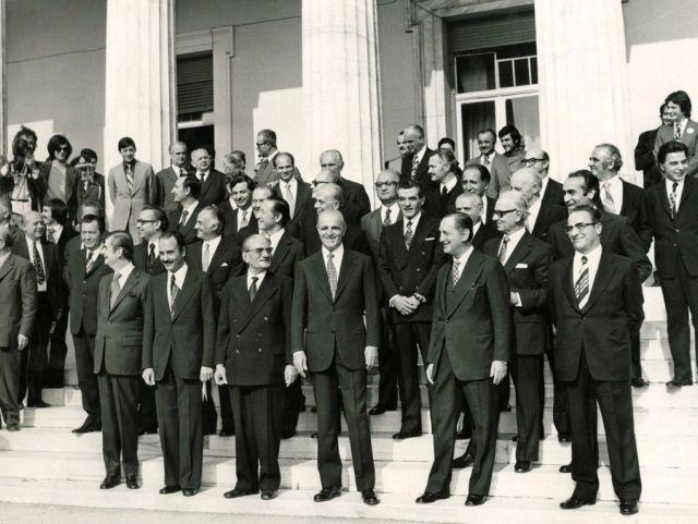Καραμανλής – Αρχεία '74: «Αν είχομεν κατορθώσει να αναθεωρήσωμεν το Σύνταγμα, η Δημοκρατία δεν θα έπιπτεν» | tovima.gr