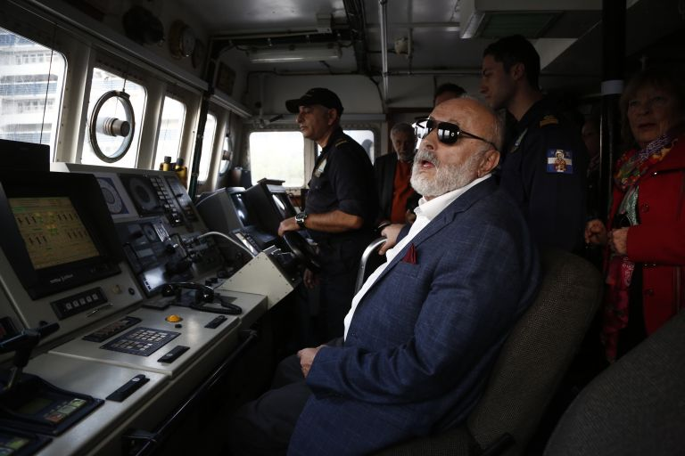 Κουρουμπλής: Πρώτη φορά «ο ρυπαίνων πληρώνει» για το ναυάγιο  του δεξαμενόπλοιου «ΑΓ.ΖΩΝΗ ΙΙ» | tovima.gr