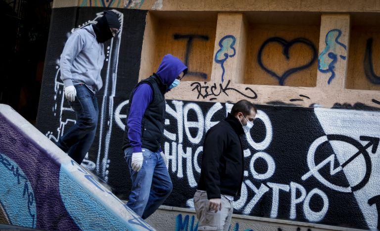 Νέες αστυνομικές επιχειρήσεις σε καταλήψεις κτιρίων της Αθήνας | tovima.gr