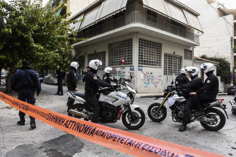 Counter-terrorism squad raids lairs of suspected extreme right group | tovima.gr