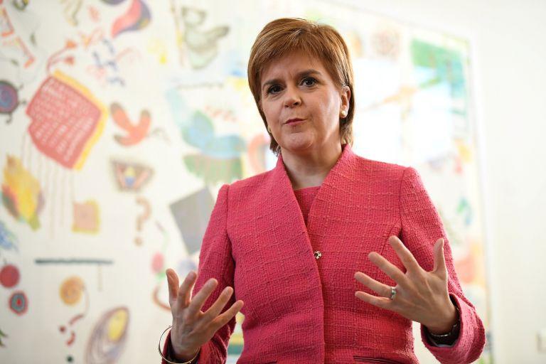 Brexit: Σκωτία και Λονδίνο ζητούν συμφωνία αλά Β. Ιρλανδία | tovima.gr