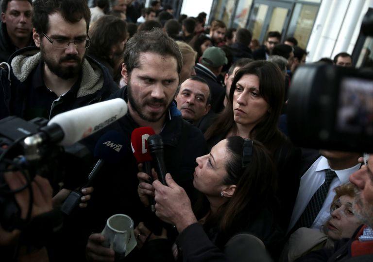 Ex-parliament speaker: 'I provoke Mr. Tsipras to come and arrest me!' | tovima.gr