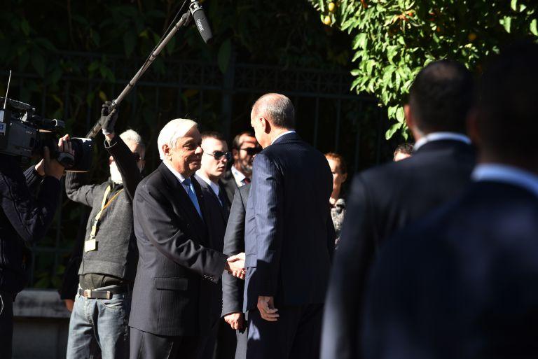 Βατερλώ στο Προεδρικό Μέγαρο – Το παρασκήνιο της συνάντησης Παυλόπουλου-Ερντογάν | tovima.gr