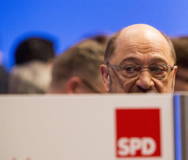 Σουλτς συστήνει σε SPD διερευνητικές με Μέρκελ | tovima.gr