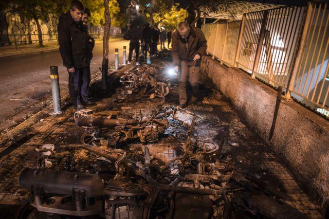 Εννέα συλλήψεις μετά από συμπλοκές οπαδών στο Μετς | tovima.gr