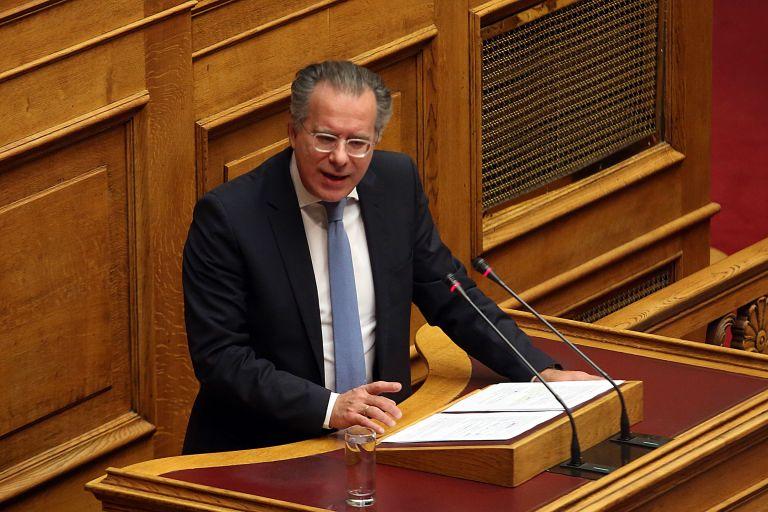 Κουμουτσάκος: Η δημοκρατική Ελλάδα δεν εκφοβίζεται | tovima.gr
