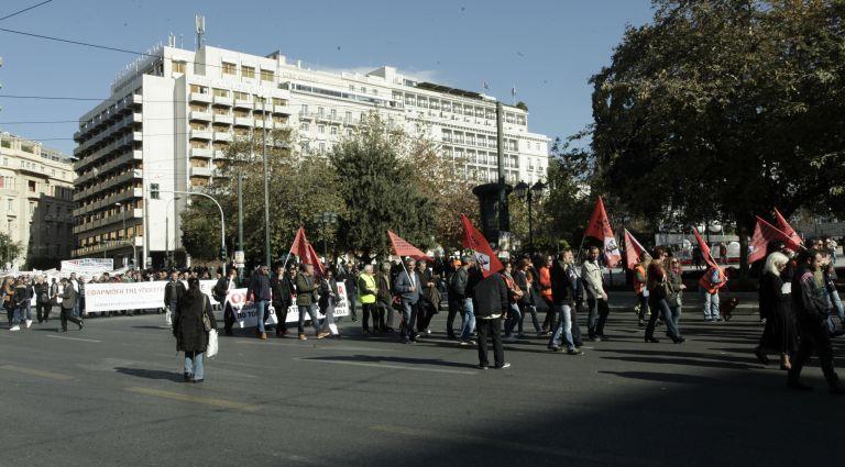 Κόντρα ΝΔ –  υπουργείου Εργασίας για την απεργία | tovima.gr