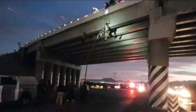 Έξι πτώματα βρέθηκαν κρεμασμένα από γέφυρες στο Μεξικό | tovima.gr