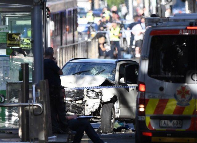 Για απόπειρα ανθρωποκτονίας κατηγορείται ο οδηγός της Μελβούρνης | tovima.gr