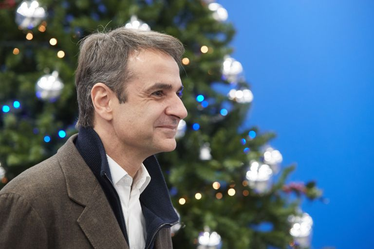 Mitsotakis will run on a tax cuts, growth platform | tovima.gr