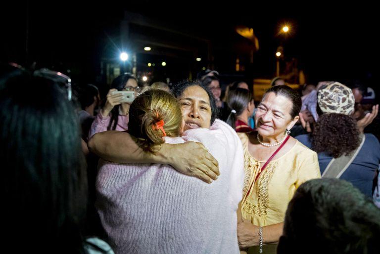 Βενεζουέλα: Αποφυλακίστηκαν 36 πολιτικοί ακτιβιστές   tovima.gr
