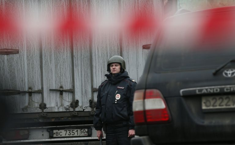 Ρωσία: Καταδίωξη πρώην διευθυντή εργοστασίου που σκότωσε φύλακα | tovima.gr