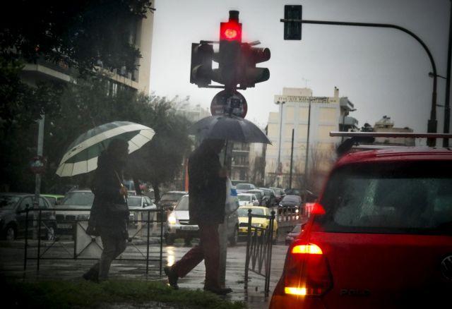 Βροχές και κρύο στα δυτικά και τα Βόρεια   tovima.gr