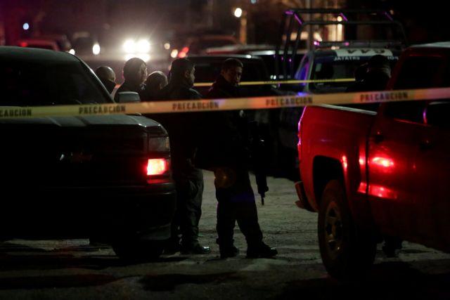 Μεξικό: 30 νεκροί σε συγκρούσεις εμπόρων ναρκωτικών | tovima.gr