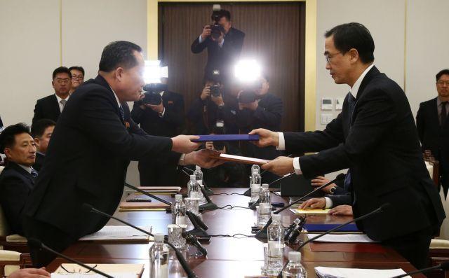 Βόρεια και Νότια Κορέα: Συμφωνία για αποκλιμάκωση της έντασης | tovima.gr