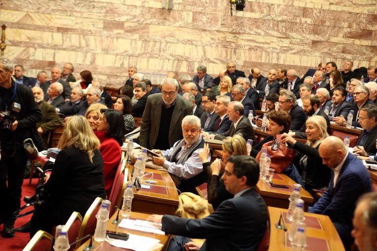 Στο πολυνομοσχέδιο η ψηφιακή αδειοδότηση των ραδιοφωνικών σταθμών   tovima.gr