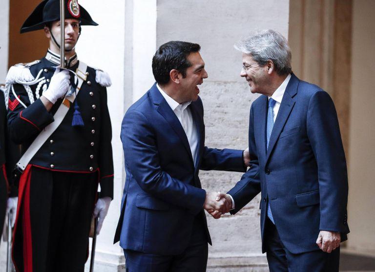 Τσίπρας σε Τζεντιλόνι: Στην Ελλάδα πάμε όλο και καλύτερα | tovima.gr