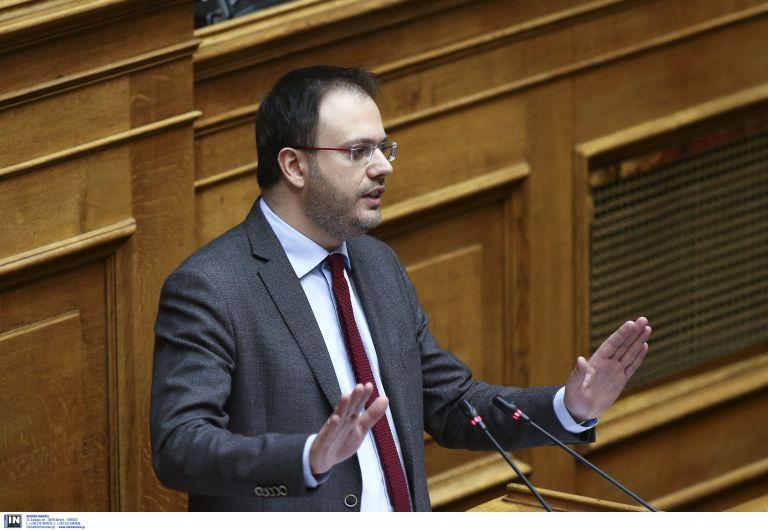 Θεοχαρόπουλος: Η κυβέρνηση κάνει αναδιανομή της φτώχειας | tovima.gr