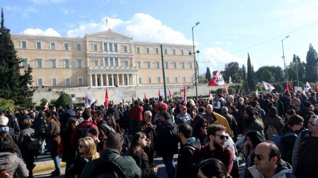 Ο νόμος για τις απεργίες «ενταφιάζει» το αριστερό προφίλ | tovima.gr
