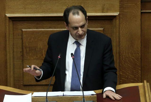 Σπίρτζης: Δεν καταργείται το μειωμένο εισιτήριο   tovima.gr