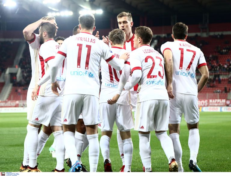 Super League: Ολυμπιακός – Λαμία (2 – 0) | tovima.gr
