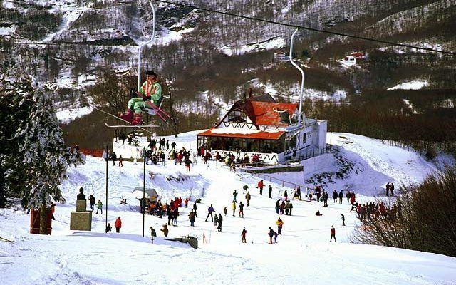 Ανοιχτό και με άφθονο χιόνι το χιονοδρομικό στο Πήλιο | tovima.gr