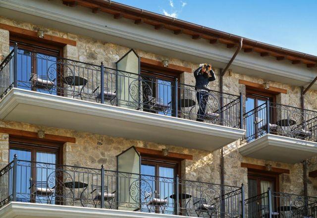 Ως και 4 ευρώ ανά διανυκτέρευση ο φόρος διαμονής στα ξενοδοχεία   tovima.gr