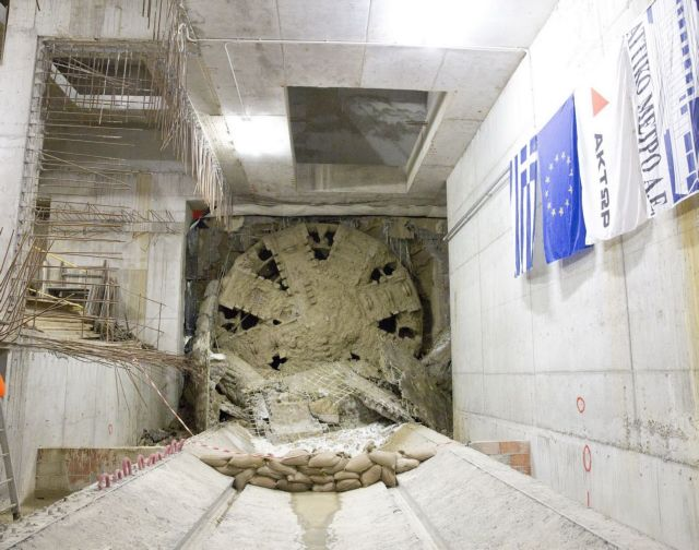 Το μετρό της Θεσσαλονίκης μπήκε στις ράγες | tovima.gr