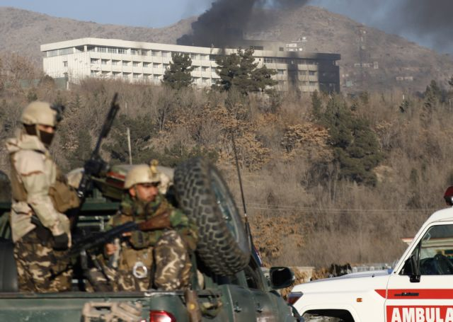 Τερματίστηκε η ομηρία σε ξενοδοχείο της Καμπούλ – Εξι νεκροί   tovima.gr
