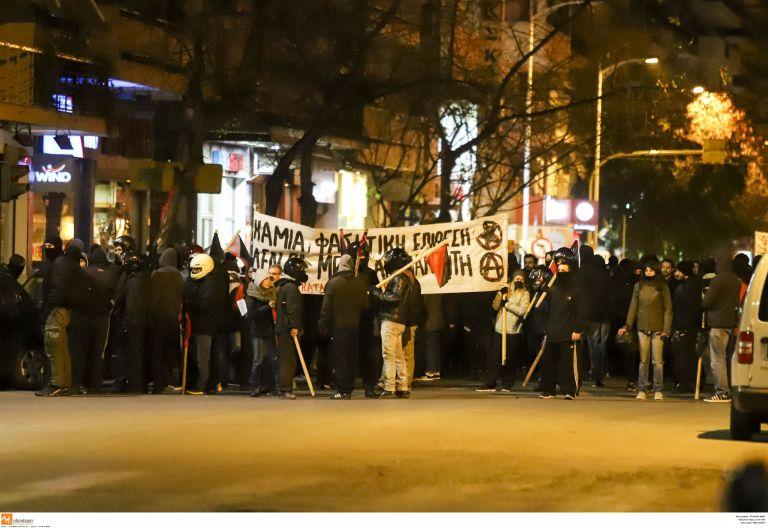 Θεσσαλονίκη: Επεισόδια μεταξύ αντιεξουσιαστών και ΜΑΤ | tovima.gr