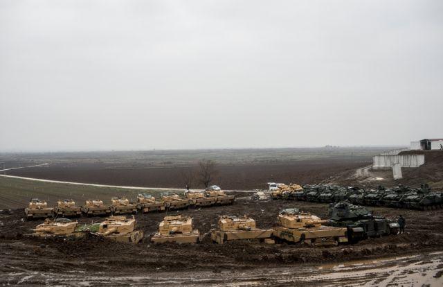 Τρεις νεκροί στη Συρία από τουρκικούς βομβαρδισμούς | tovima.gr