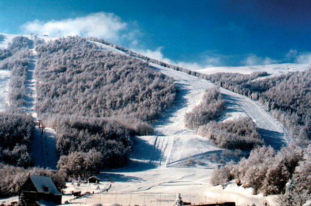 Σκοτώθηκε 22χρονος κάνοντας νυχτερινό σκι στα 3-5 Πηγάδια | tovima.gr