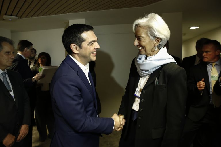Tsipras, Lagarde agree to cooperate on debt relief | tovima.gr