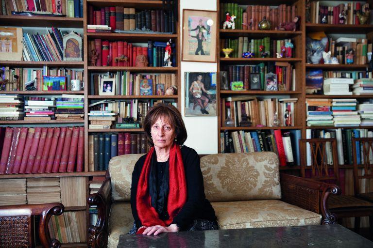 Μαρίνα Καραγάτση: «Kαλύτερα μια δύσκολη από μια βαρετή ζωή»   tovima.gr
