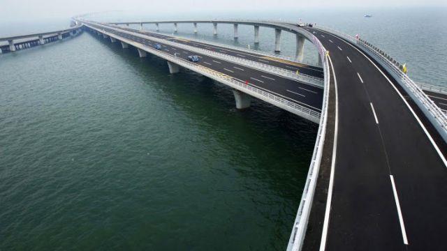 Κίνα: Ολοκληρώθηκαν τα λιμενικά έργα της μεγαλύτερης θαλάσσιας γέφυρας   tovima.gr