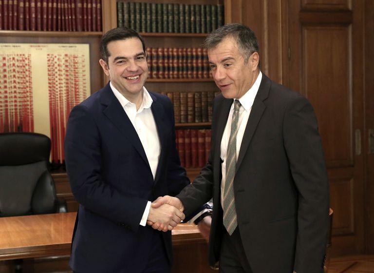 Ο Αλ. Τσίπρας υιοθετεί την πρόταση Στ. Θεοδωράκη για το Συμβούλιο Εθνικής Ασφαλείας | tovima.gr