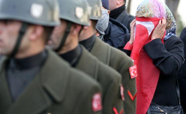 Τούρκοι συνοριοφύλακες πυροβολούν Σύρους πρόσφυγες | tovima.gr